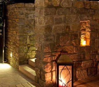 Beleuchtung Steinmauer